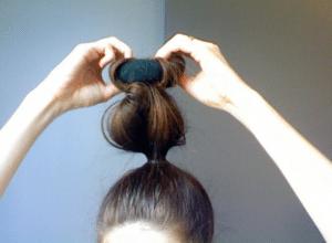rolling sock bun via canadianbeauty