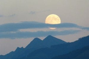 full-moon-460314_1280